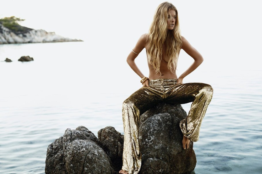 Doutzen Vogue January 2012 Tessted