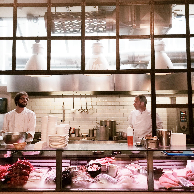 Tessted for Seafood bar van baerlestraat
