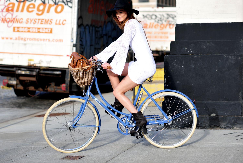 bike-in-heels-hanneli-mustaparta