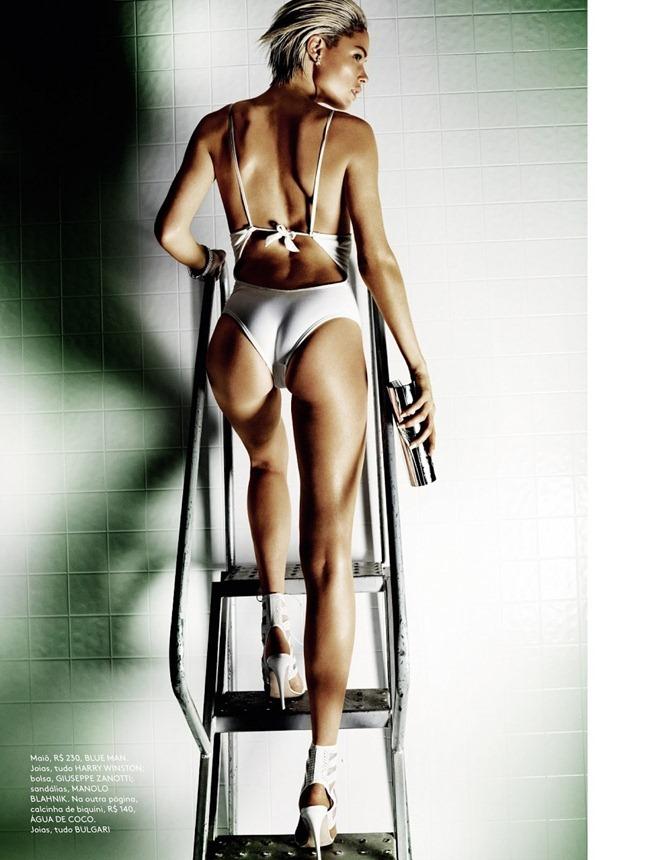 Doutzen Kroes Mario Testino Vogue Brazil 2013 (6)