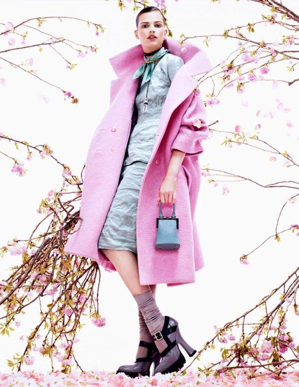 Bette Franke Vogue August Tessted (1)