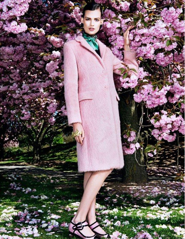 Bette Franke Vogue August Tessted (7)