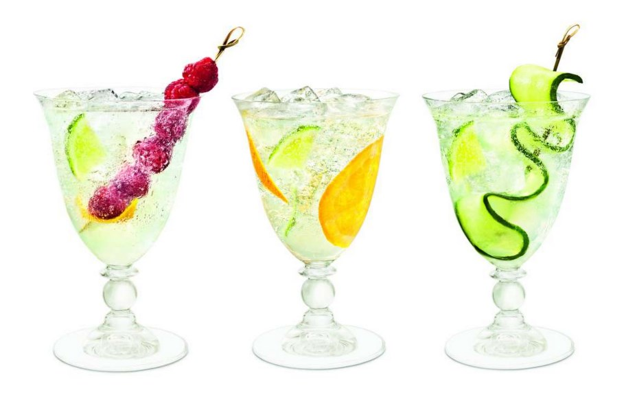 Cointreau cocktails feature image
