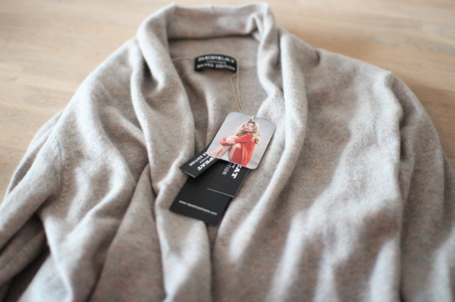 repeat cashmere give away tessted 2